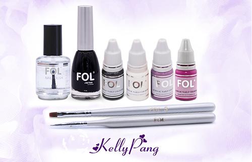 Bạn cần chuẩn bị các dụng cụ sau: sơn móng tay Fol màu đen, cây cọ bản Fol số 3, màu cọ bản Fol trắng, đỏ, hồng tím, tím đậm và Topcoat Fol.