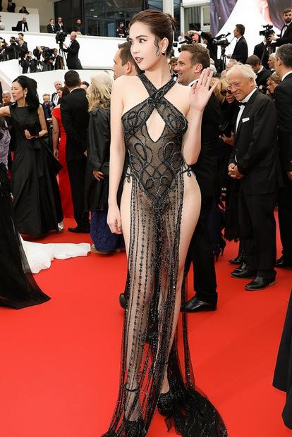 Ngọc Trinh bị nhận xét 'mặc gợi dục' trên thảm đỏ Cannes