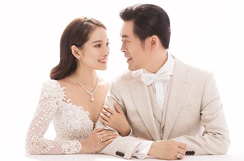 Nhạc sĩ Dương Khắc Linh và vợ tương lai - Sara Lưu - trong bộ ảnh cưới.