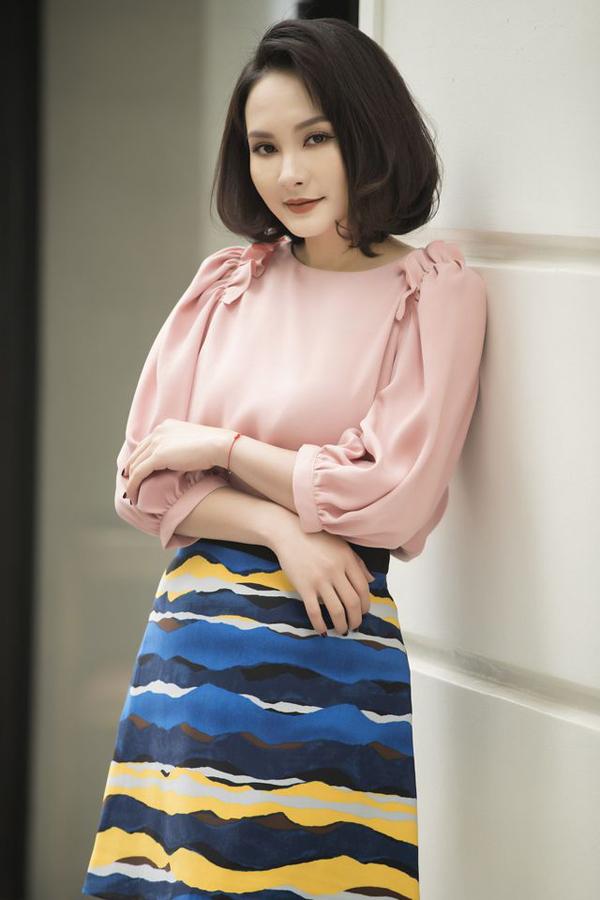 Gu mặc nữ tính của diễn viên Bảo Thanh