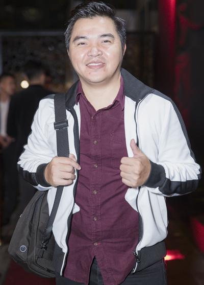 Kim Lý nắm tay Hồ Ngọc Hà đi ăn tiệc - ảnh 9