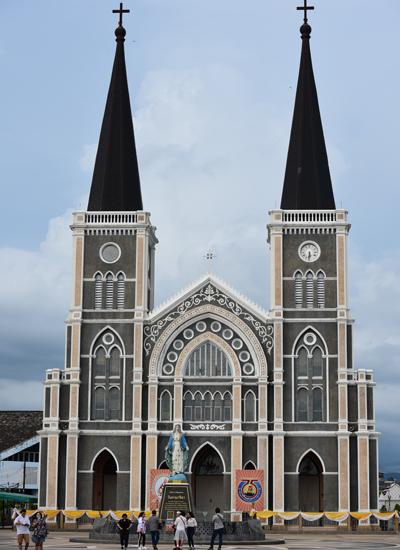 Nhà thờ 110 năm tuổi ở tỉnh lỵ Chanthaburi của Thái Lan. Ảnh: Chat Kakai.