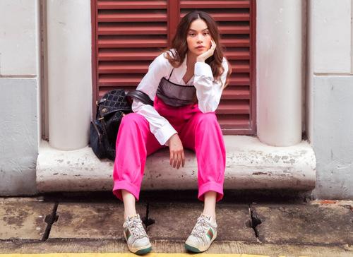 Hà Hồ là một trong những ngôi sao dẫn đầu về phong cách ăn mặc và gu thời trang.