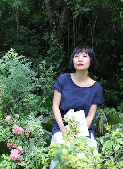 Nhà văn Thuận.