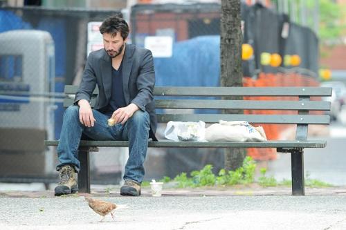 Bức ảnh Sad Keanu nổi tiếng được chụp năm 2010. Ảnh: People.