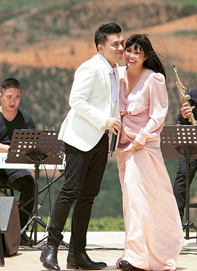 Lam Trường (trái) và Phương Thanh.