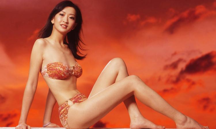 Á hậu Hong Kong từ bỏ showbiz vì bị ép tiếp khách - Giải Trí