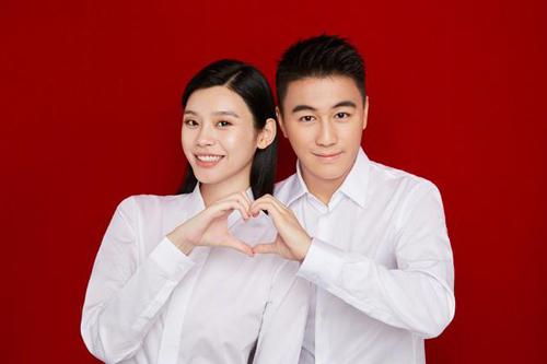 Siêu mẫu nội y kết hôn cùng con trai Vua sòng bạc Macau - ảnh 1