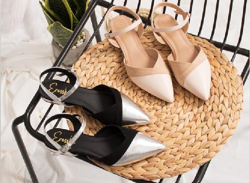 Giày nữ, giày cao gót kitten heel Erosska mũi nhọn tinh tế kiểu dáng cách điệu - EL006 (Màu đen) - Kem