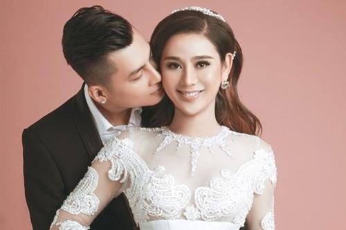 Vợ chồng ca sĩ Lâm Khánh Chi.