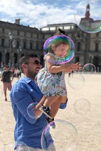 Vợ chồng Hà Anh đưa con gái một tuổi du ngoạn châu Âu - 3