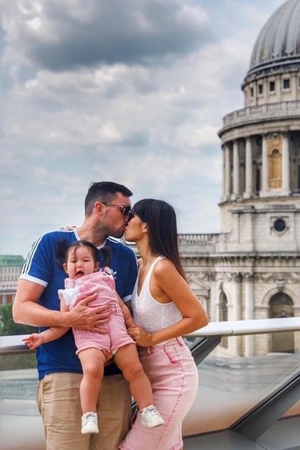 Vợ chồng Hà Anh đưa con gái một tuổi du ngoạn châu Âu - 7