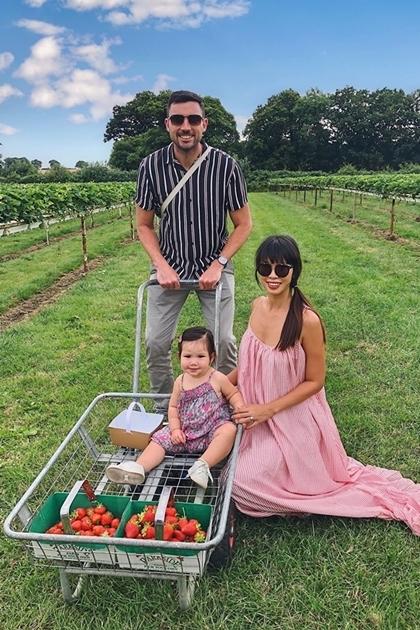 Vợ chồng Hà Anh đưa con gái một tuổi du ngoạn châu Âu - 9