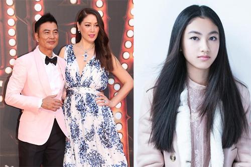 Vợ chồng Nhậm Đạt Hoa và con gái. Ảnh: Style.