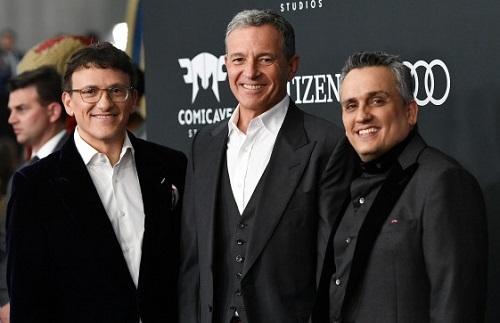 Bob Iger (giữa) và hai anh em đạo diễn nhà Russo ở buổi ra mắt Avengers: Endgame. Ảnh: Shutterstock.