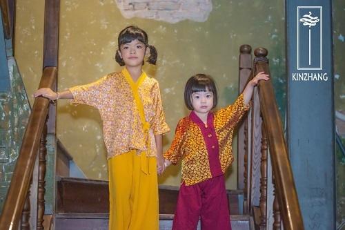 Mai KinZhang cũng đem tới nhiều mẫu pháp phục dành cho trẻ em.