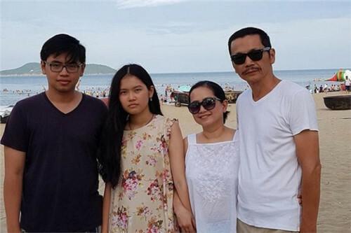 Nghệ sĩ Trung Anh: Vợ đóng góp 90% thành công của tôi