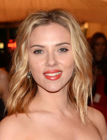 Scarlett Johansson là nữ diễn viên kiếm tiền giỏi nhất năm - ảnh 1
