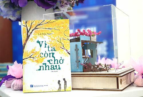 Bìa sách Vì ta còn chờ nhau (Nhà xuất bản Văn hóa - Văn nghệ).