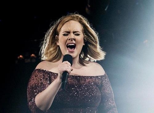 Nữ ca sĩ Adele dự định ra sản phẩm mới vào cuối năm. Ảnh: Instagram.