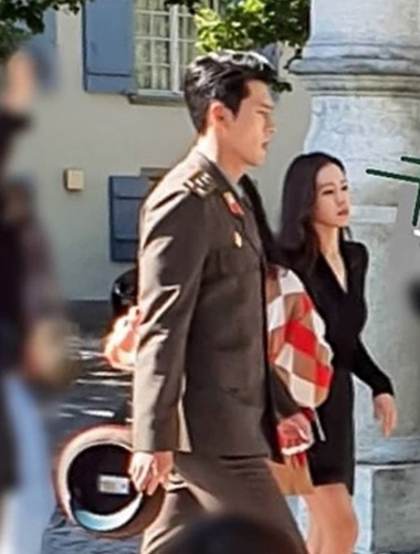 Son Ye Jin, Hyun Bin đóng phim ở Thụy Sĩ - ảnh 1