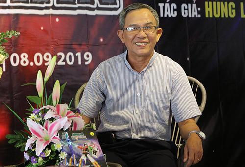 Họa sĩ Nguyễn Hùng Lân.