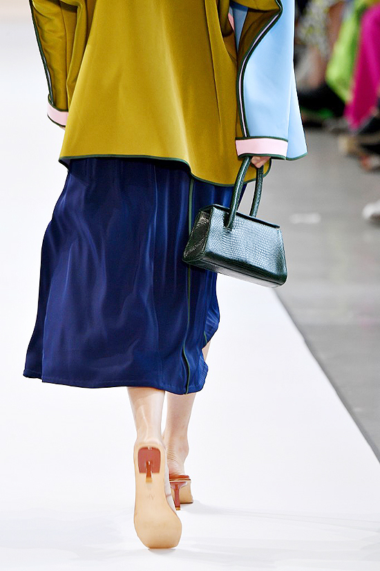 Những kiểu túi mini ở New York Fashion Week