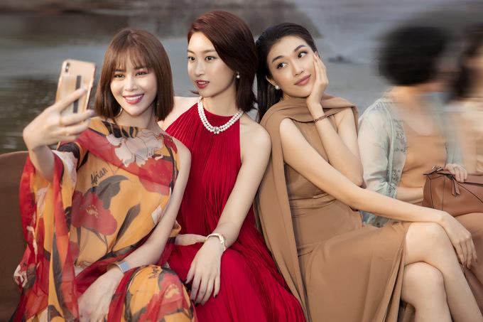 Mai Phương Thúy, Đỗ Mỹ Linh diện váy oversized