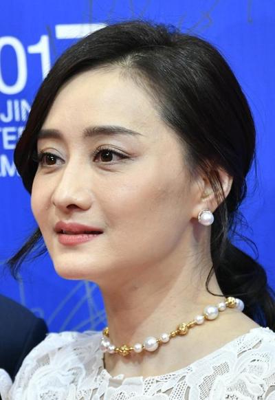 Ngọc nữ phim Quỳnh Dao ở tuổi 45 - 2