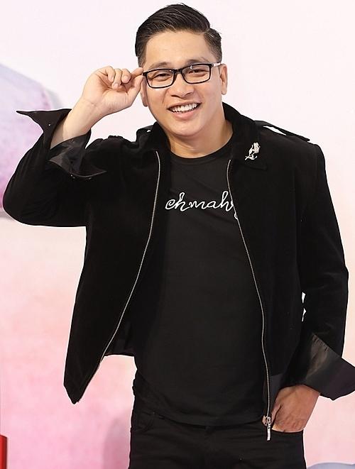 Đạo diễn Nguyễn Ngọc Thuỵ đánh giá cao sự thể hiện của 10 thí sinh xuất sắc dự chung kết, trổ tài trang điểm trực tiếp trên sâu khấu.