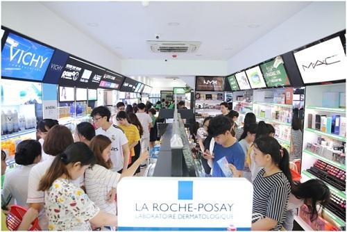 Hơn 500 thương hiệu mỹ phẩm có tại chi nhánh mới của Hasaki - ảnh 1