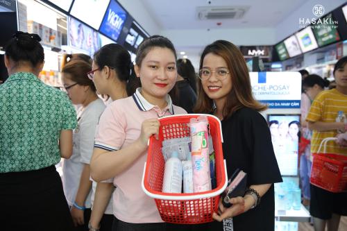 Hơn 500 thương hiệu mỹ phẩm có tại chi nhánh mới của Hasaki - ảnh 2