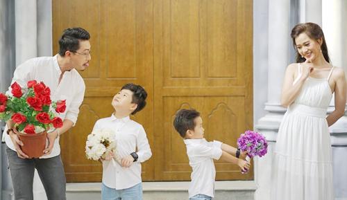 Hứa Minh Đạt thương vợ bởi tấm lòng nhân hậu - 1