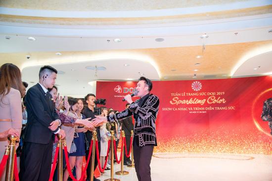 Dương Triệu Vũ khuấy động sân khấu Tuần lễ Trang sức DOJI - ảnh 1