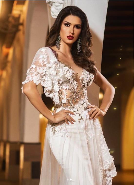 Nhan sắc tân Hoa hậu Hoàn vũ Peru