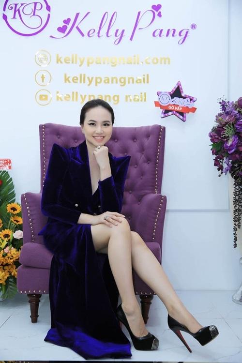 Đinh Ngọc Diệp mừng KellyPang 16 tuổi, ra mắt cơ sở mới - ảnh 3