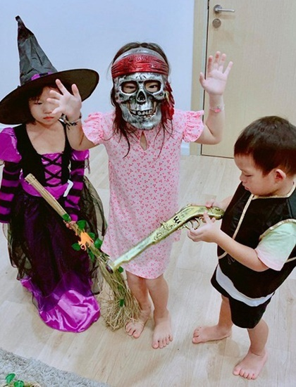 Hi nhc t nh L Hi - Minh H ha thn thnh m ph thy b xng trong l hi Halloween