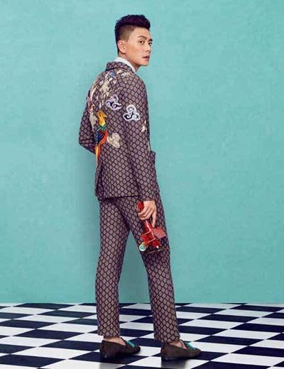 Huỳnh Tông Trạch mê quần áo màu sắc - ảnh 11