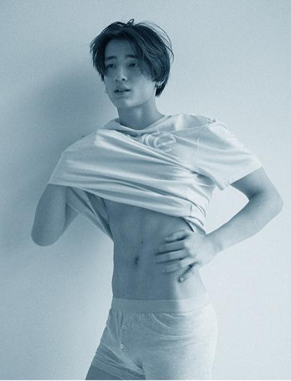 Mẫu nam Hàn Quốc đóng MV của Min - ảnh 9