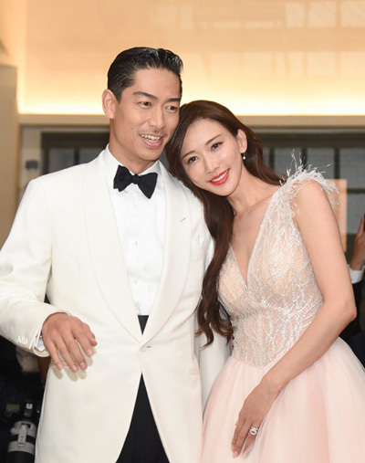 Lâm Chí Linh, Akira ở tiệc cưới. Ảnh: Nownews.