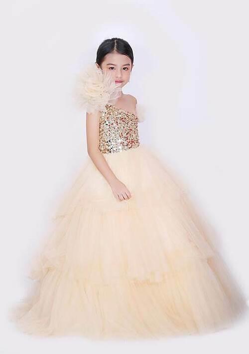 Cô bé 6 tuổi đăng quang Mini Miss Asia Pacific - ảnh 3
