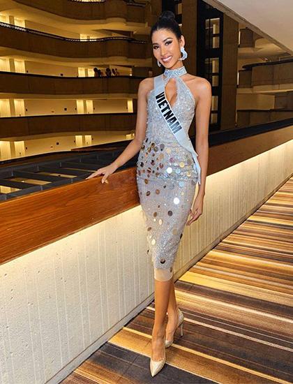 Trang phục ngày 2/12 của Hoàng Thùy tại Miss Universe. Ảnh: Facebook.