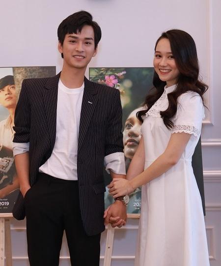 Diễn viên chính Trần Nghĩa (trái) và Trúc Anh. Ảnh: Galaxy.
