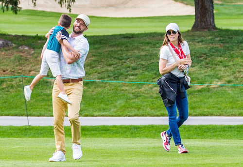 Justin Timberlake đưa vợ con đến Thụy Sĩ đánh golf hồi tháng 8. Ảnh: Mega.