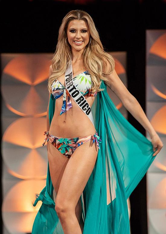 Dàn thí sinh Miss Universe khoe dáng với bikini