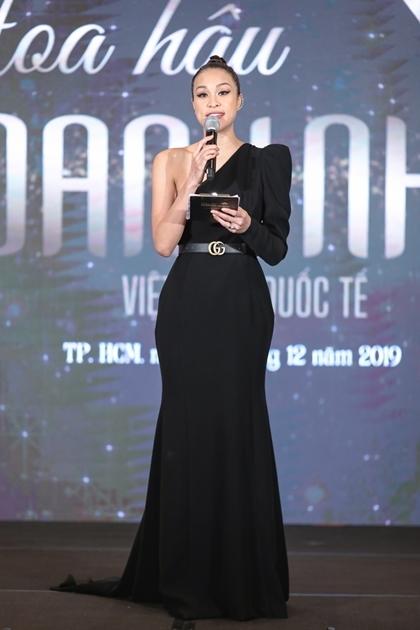 Bản sao Hà Tăng không tiếp tục thi hoa hậu - ảnh 3