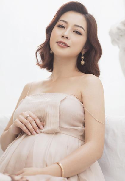 Jennifer Pham khong ngai sinh nhieu con