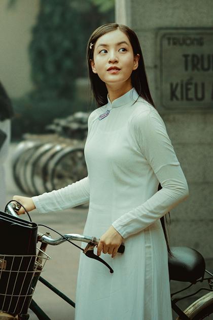 Hồng - nhân vật được Victor Vũ sáng tạo riêng cho phim. Ảnh: T.H.
