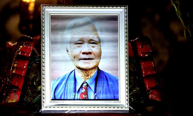 Di ảnh nhạc sĩ Nguyễn Văn Tý. Ảnh: Hữu Khoa.