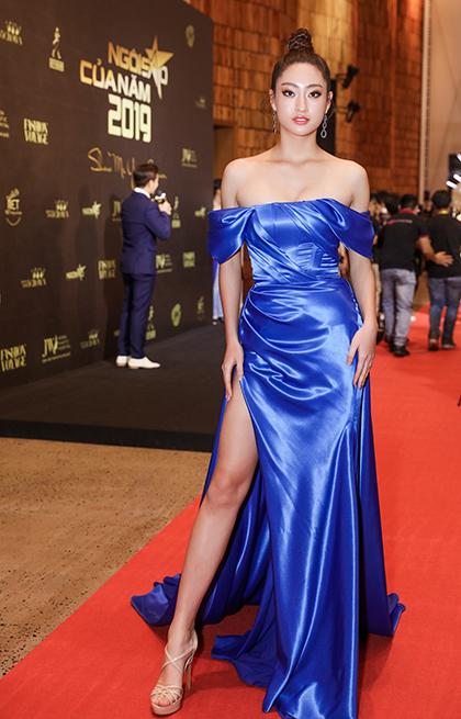 Miss World Vietnam 2019 - Lương Thùy Linh - diện đầm quây ngực, xẻ đùi.